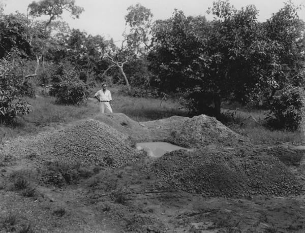 Cascalho lavado no garimpo Mindal em Alto Paraguai (MT) - 1953
