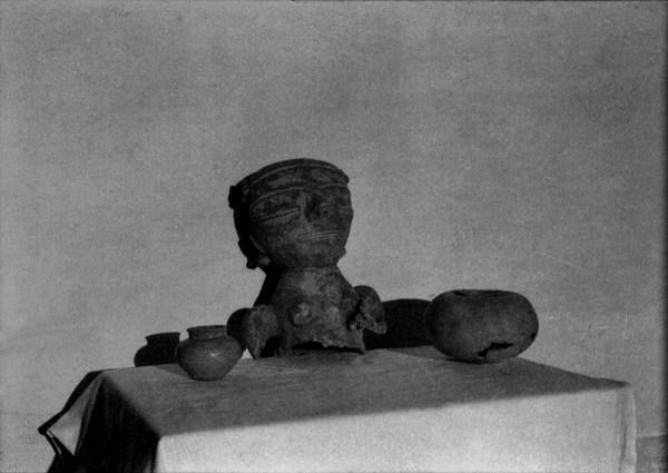 Boneca feita pelos índios Tapajós em Santarém (PA) - déc. 50