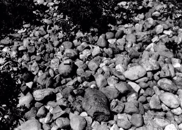 Leito de seixos no Povoado Bom Jesus em São José do Egito (PE) - 1956