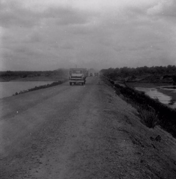 Caminhão em Terra Nova (PE) - fev. 1962