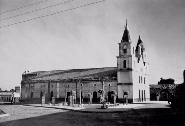 Igreja Matriz de Barras (PI) - 1957