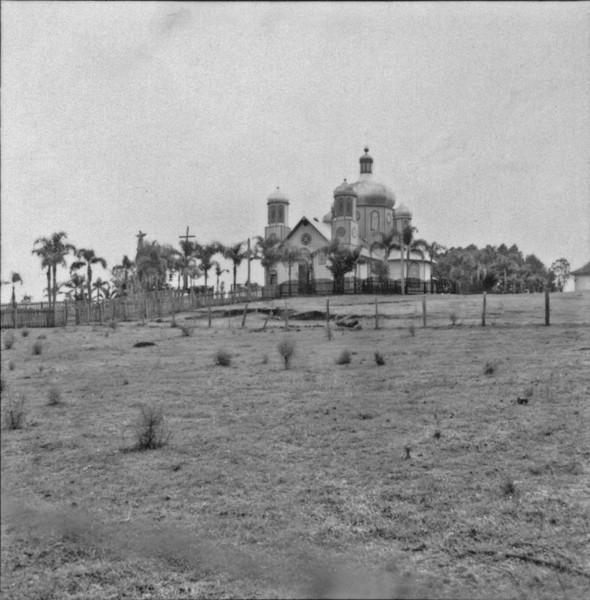 Igreja católica oriental : município de Pitanga (PR) - 1957