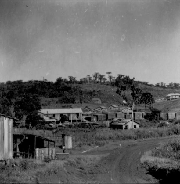 Serraria na localidade de Cateto : município de Marmeleiro (PR) - 1966