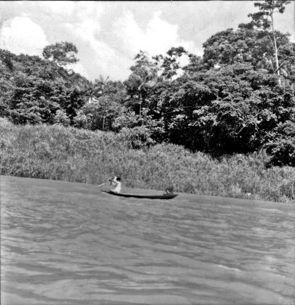 Cabloco na canoa em Porto Vitória (PR) - 1965