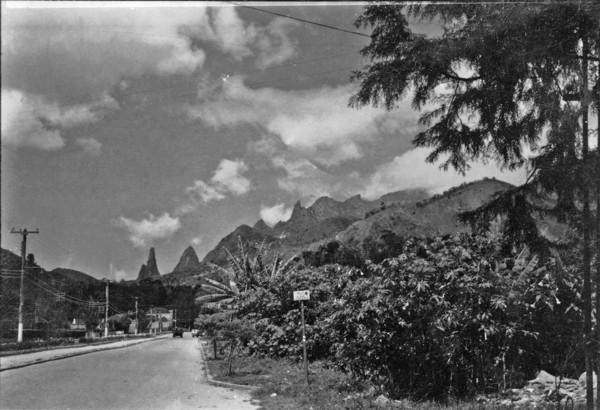 Vista do Pico Dedo de Deus : Teresópolis (RJ) - 195_
