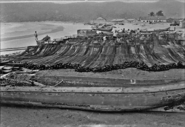 Arrastões para pescarias : Cabo Frio (RJ) - s.d.
