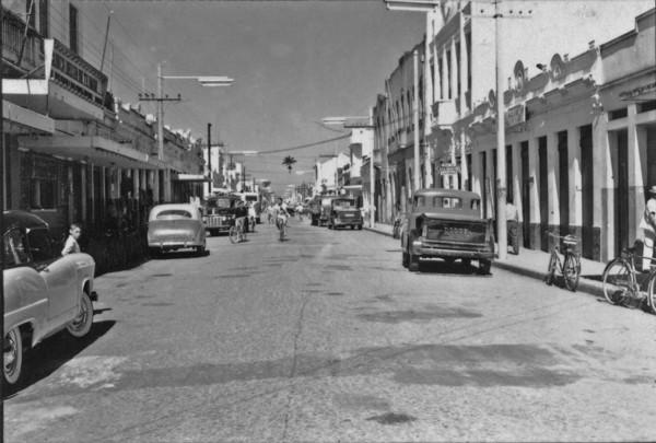 Rua principal de Macaé (RJ) - 1958