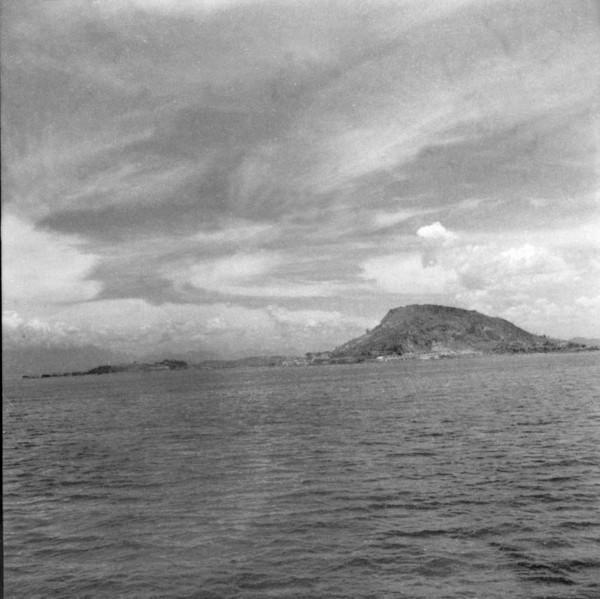 Vista do litoral em direção a São Gonçalo (RJ) - 1957