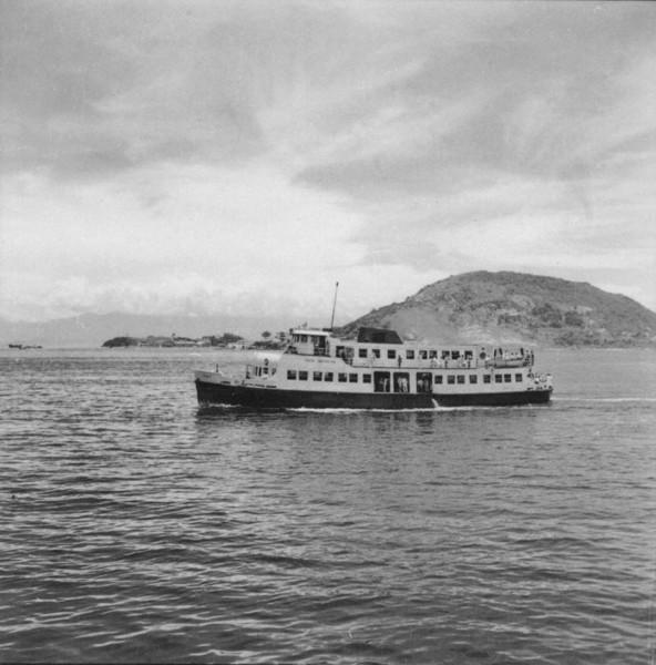 Lancha da Frota Carioca, fazendo o transporte de Niterói (RJ) - 1957