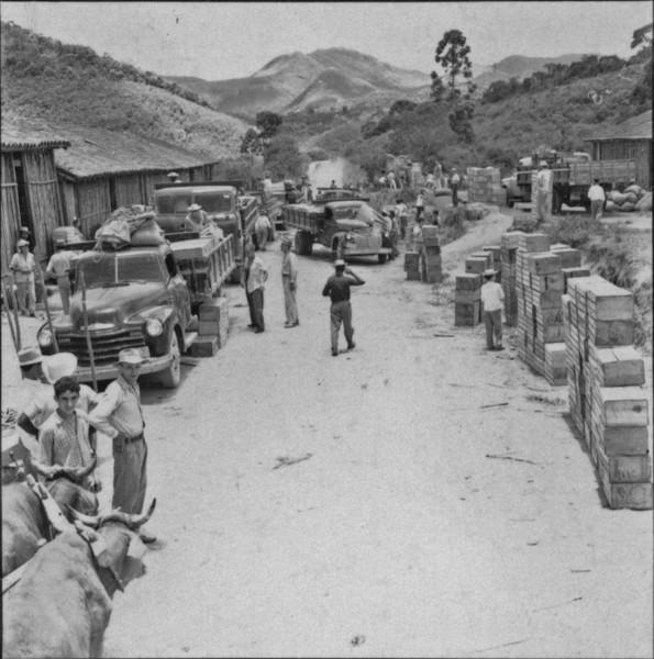 Feira em - 1957