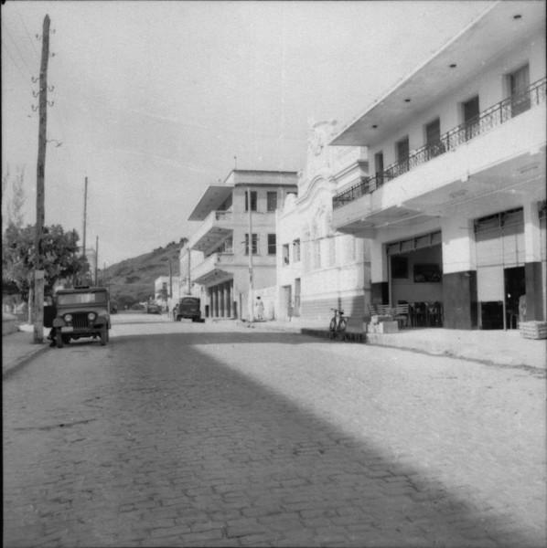 Rua principal de Bom Jesus de Itabapoana (RJ) - 1957