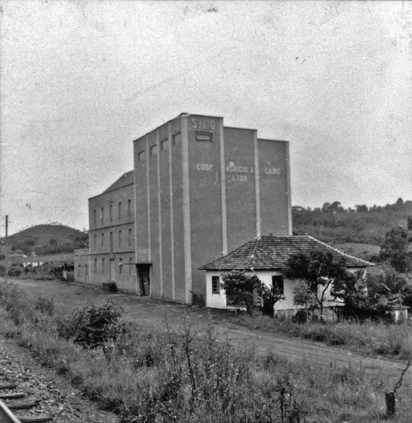 Silo da Cooperativa Agricola Cairu Ltda. (RS) - 1959