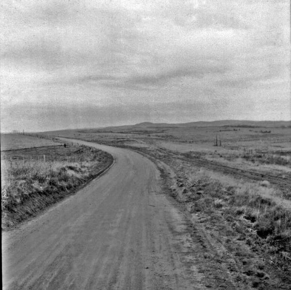 Relevo perto de Caçapava (30 km antes) (RS) - 1959