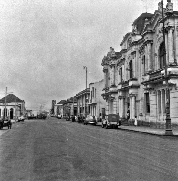 Praça principal do município de Cruz Alta (RS) - 1959