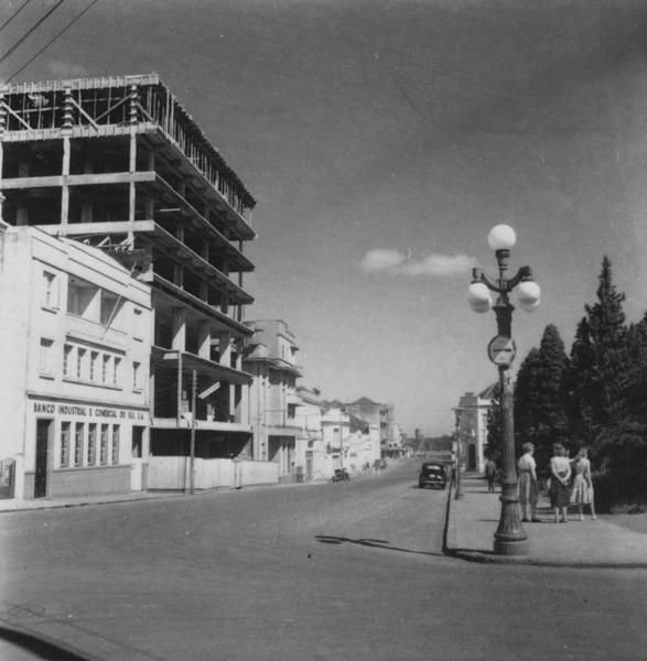 Aspecto da praça principal de Passo Fundo (RS) - 1959