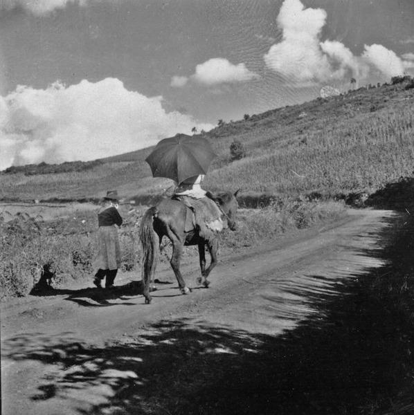 Italiana a cavalo : Marcelino Ramos (RS) - 1959