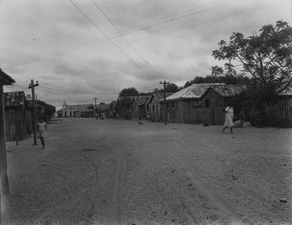 Rua de baixo Morro da Rosela : M. de Laguna (SC) - 1953