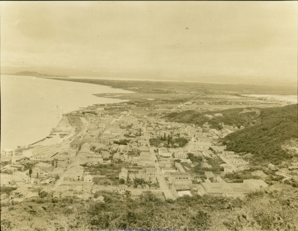 Vista parcial de Laguna : município de Laguna (SC) - 1953
