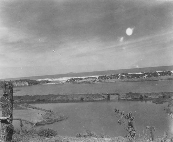Lagoa com saída para o mar: perto de Henrique Laje (SC) - 1953