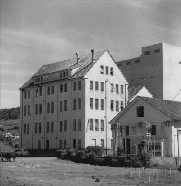 [Moinho de trigo Concórdia, situado no município de Concórdia (SC)] - 1966