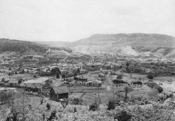 Vista parcial da cidade de Rio do Sul (SC) - 1953