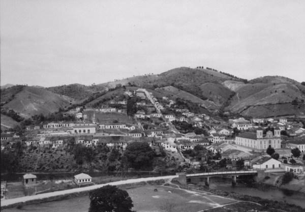 Vista parcial da cidade de São Luís do Paraitinga (SP) - 1955