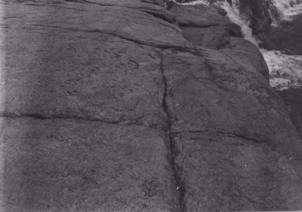 Linha de erosão no granito perto de Itu (SP) - 1955