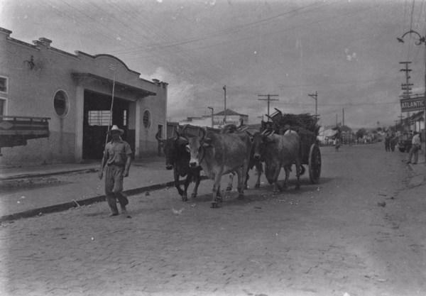 Carro de bois : Taubaté (SP) - 1955