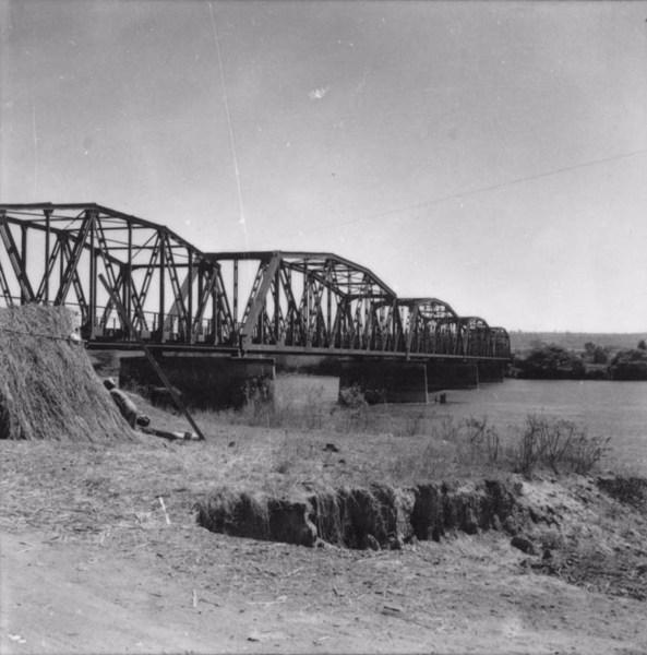 Ponte sobre o Rio Grande (SP) - 1957