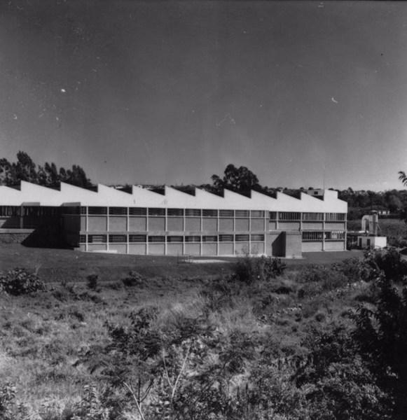 Fábrica de calçados Lamelo : Cidade de Franca (SP) - 1957