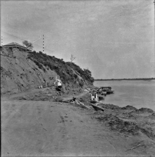 Barranco do Paraná em Presidente Epitácio (SP) - 1957
