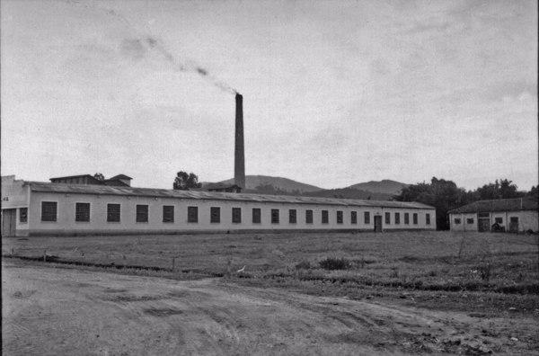Fábrica de papel Simão : Município de Mogi das Cruzes (SP) - 1958
