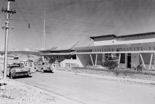 Residências modernas na rua José Mesquita Sobrinho na cidade de Sorocaba (SP) - 1958
