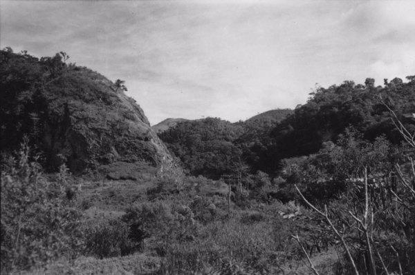 Garganta epigênica em quartzito no município de Águas da Prata (SP) - 1958