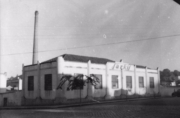 Fábrica de chapéus Sarkis na cidade de Itapira (SP) - s.d.