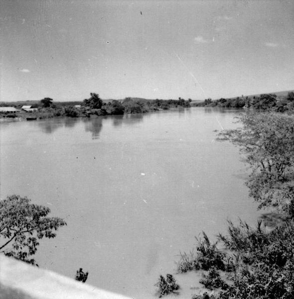 Rio Paranapanema : Município de Ourinhos (SP) - 1960