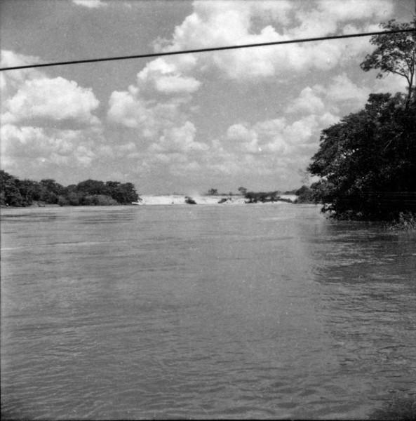 Rio Tietê, salto de Itapura (SP) - 1960