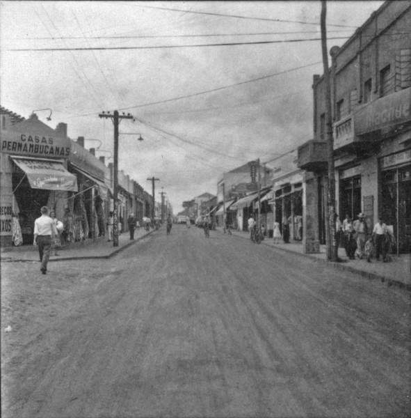 Aspecto central da cidade de Votuporanga : Rua Amazonas (SP) - 1960