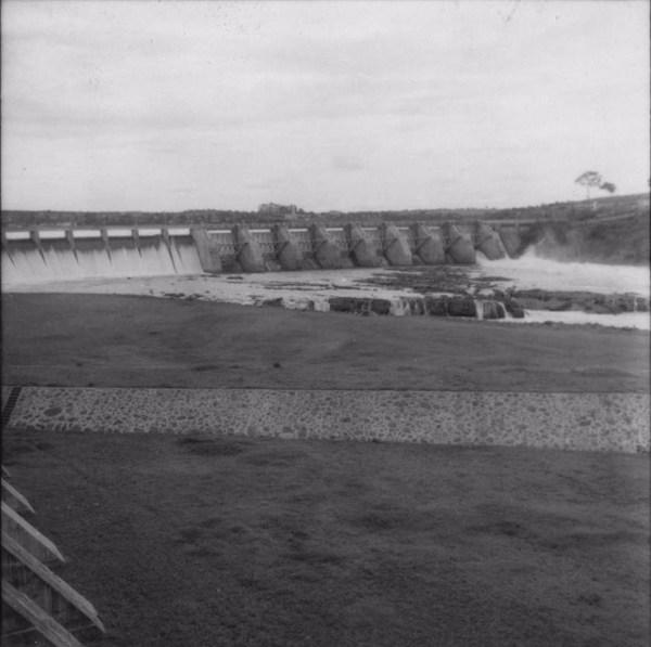 Represa de Salto Grande e vertedouro (SP) - 1960
