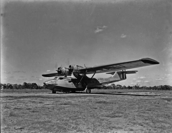 Avião Catalina que transporta carne para Belém : Pedro Afonso (TO) - 1953
