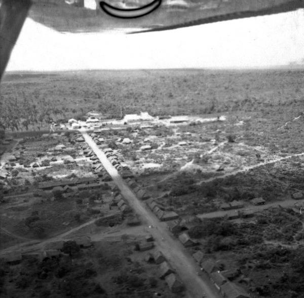 Vista aérea de Araguaína (TO) - [195-?]