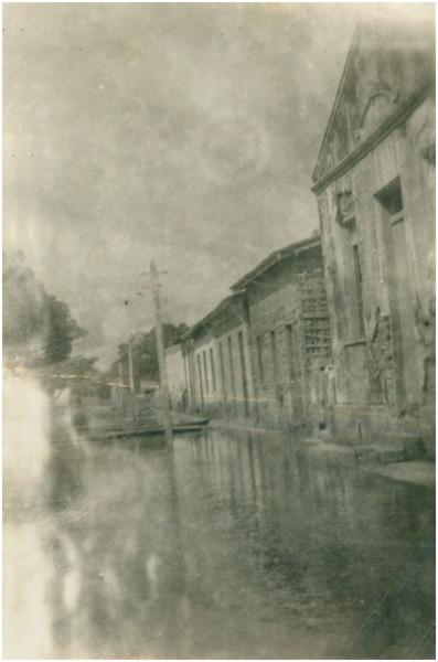 Enchente : Rua Floriano Peixoto : Barreirinha (AM) - 1953