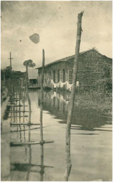 Enchente : Travessa Marechal Deodoro da Fonseca : Barreirinha (AM) - 1953