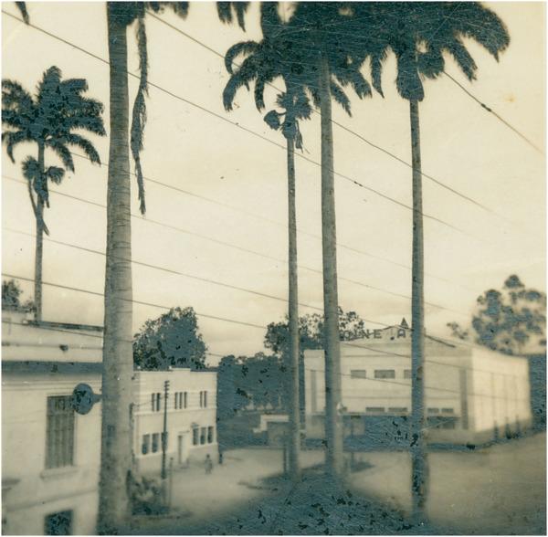 Praça Doutor Graciliano Freitas : Cine : Alagoinhas, BA - [19--]