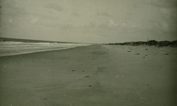 Praia : Alcobaça, BA - 1957