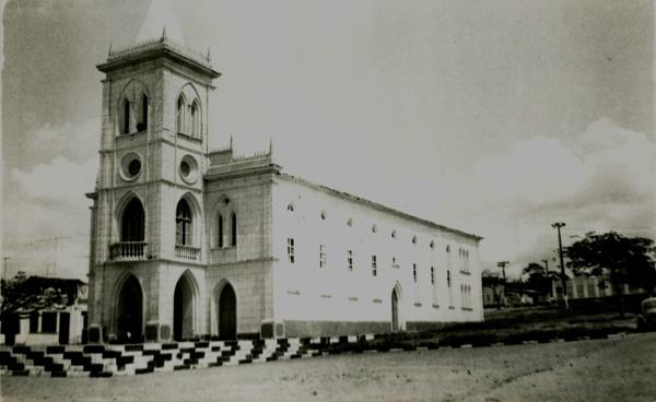 Igreja Nossa Senhora da Conceição : Castro Alves, BA - 1982
