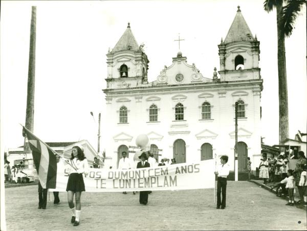 Paróquia Nossa Senhora Sant'Ana : Praça Duque de Caxias : Catu, BA - [19--]