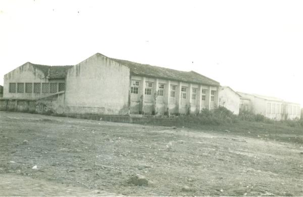 Prédio Escolar Luiz Viana Filho : Central, BA - [19--]