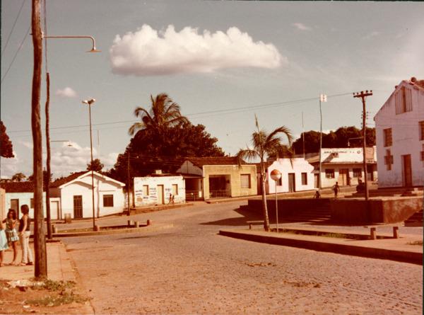 Praça da matriz : Banco Econômico S.A. : Cocos, BA - [19--]