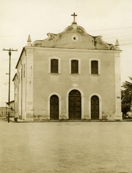 Igreja Matriz Nossa Senhora da Conceição : Conceição do Almeida, BA - 1957